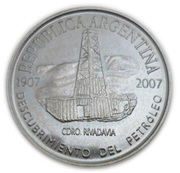 2 Pesos (Centenary of the Discovery of Oil in Argentina) – obverse