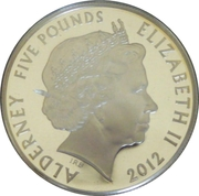 5 Pounds - Elizabeth II (Gratitude to the Armed Forces) -  obverse