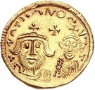1 Solidus - In the name of Heraclius, 610-641 & Heraclius Constantine, 641 (Cross with flat ends; sinking busts) – obverse