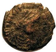 10 Nummi - Justinian I (Constantinopolis) – obverse