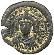 10 Nummi - Tiberius II Constantine – obverse