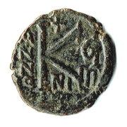 ½ Follis - Justinus II & Sophia (Nicomedia) – reverse