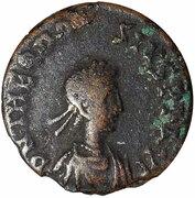 Nummus - Theodosius II (cross in wreath; Cyzicus) – obverse