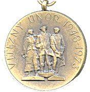 Medal - Vitezny unor 1948-1973 – obverse