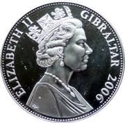 5 Pounds - Elizabeth II (Younger Queen Elizabeth in Evening Gown) – obverse