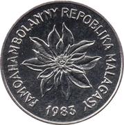 2 Francs / Venty Sy Kirobo – obverse