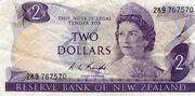 2 Dollars (Elizabeth II) – obverse