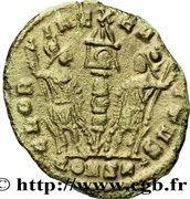 Nummus - Constantinople (GLORIA EXERCITVS) – reverse