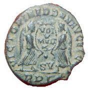 Maiorina - Magnentius (VICTORIAE DD NN AVG ET CAE ° SV, Lyons mint) – reverse