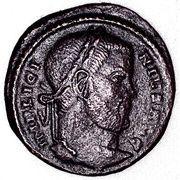 Follis - Licinius Ist (DN LICINI INVICT AVG; Ticinum) -  obverse