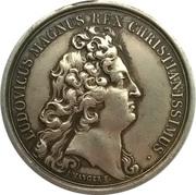 Medal Regia Versaliarum – obverse