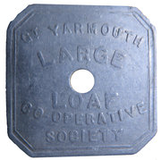 Token - Gt. Yarmouth large loaf Co-Op – obverse