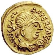 1 Tremissis - In the name of Heraclius, 610-641 (Realistic bust; large head) – obverse